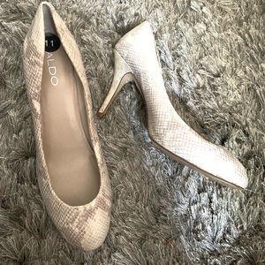 Aldo snakeskin heels size 11